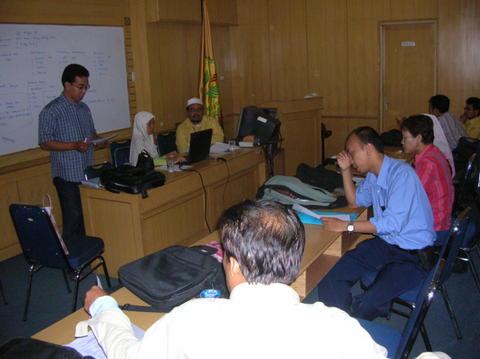 rapat-seminar.jpg