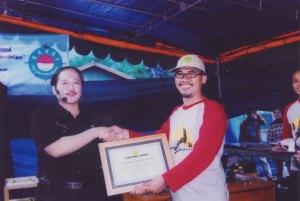 Pemberian Labschool award