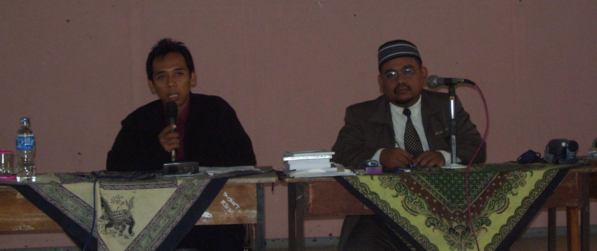 Memberi Materi PTK di Cilegon Banten