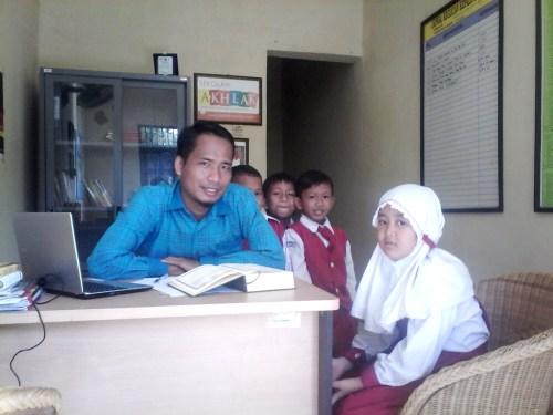 namin ab-motivator pendidikan indonesia